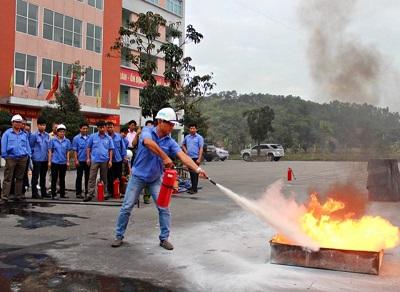 Lớp huấn luyện phòng cháy chữa cháy